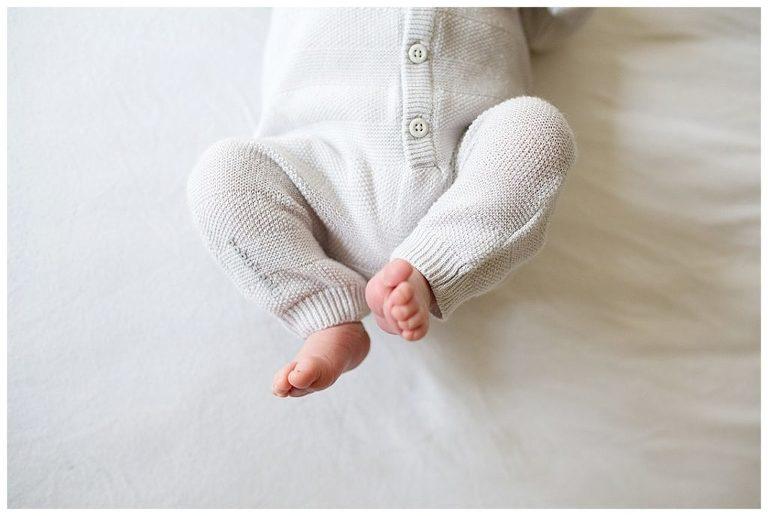newborn-bo-hilversum-baby-voetjes-nicole-langen-fotografie